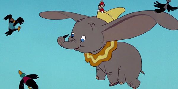 Un film live Dumbo écrit par le scénariste de Transformers