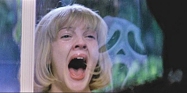 La série Scream rejoue une scène culte !