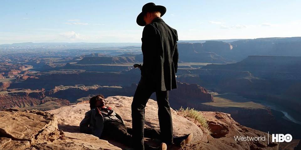 Westworld : Anthony Hopkins sur les photos de la série futuriste