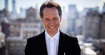 Richard E. Grant arrive dans Game of Thrones !