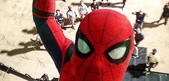 Un selfie anniversaire de Spider-Man en plein tournage !