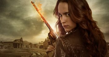 Wynonna Earp reviendra jouer du flingue en saison 2 !
