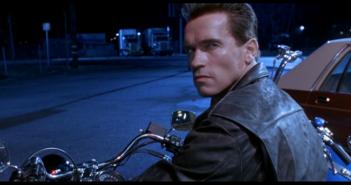 Terminator 2 : Quand le fils de Schwarzy rejoue une scène du film