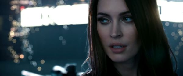 Megan Fox_Call of Duty Ghost_image1