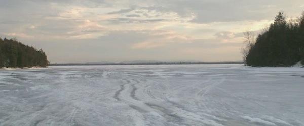 frozen-river-02