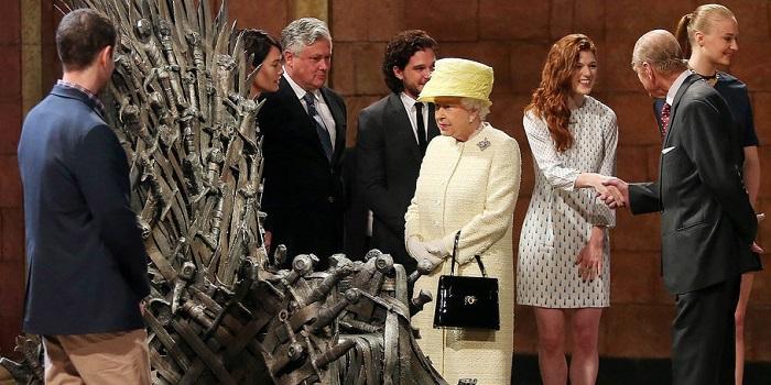 Elizabeth 2 sur le tournage de game of Thrones