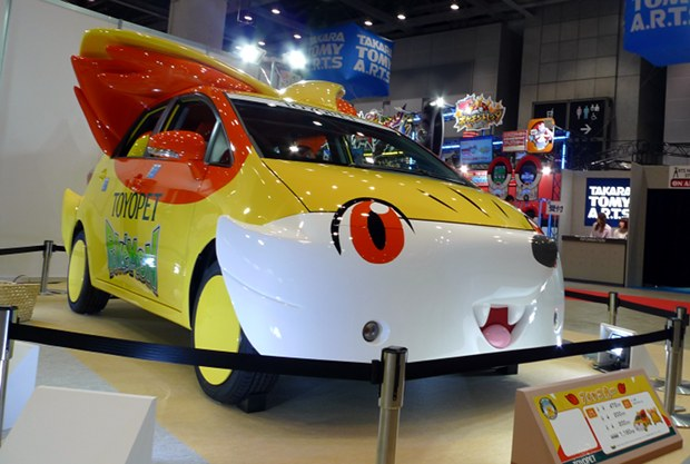 Les Toyopets, 2 voitures Pokémon Toyota_toyopet-pokemon-pikachu-fennekin-car-tokyo-toy-show-2014-4