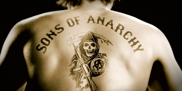 Sons of Anarchy : un teaser Hell Awaits et Courtney Love