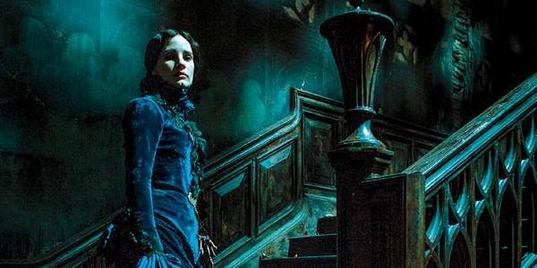 Terrifiante Jessica Chastain dans Crimson Peak