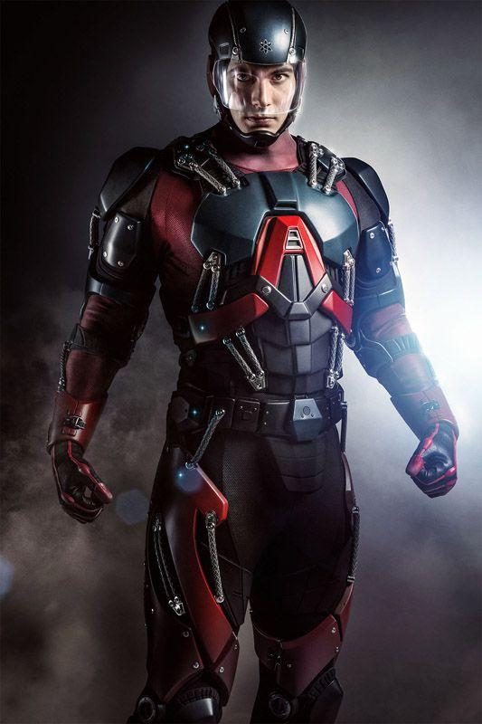 Arrow : Ray Palmer dans le costume d'Atom !