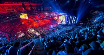 Youtube, streaming live de jeux vidéo et d'e-sports.