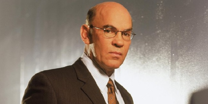 Walter Skinner reprend du service dans The X-Files
