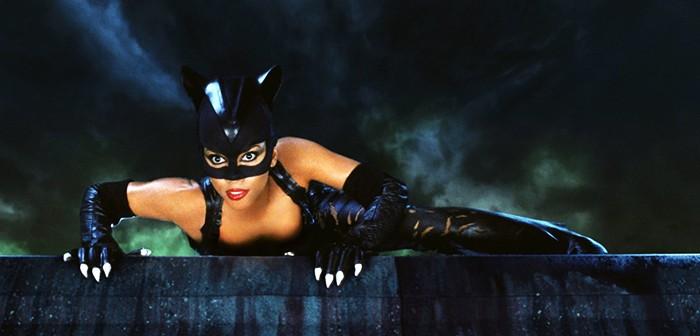 Le réalisateur de catwoman s'attaque à Tarantino et Mad Max !