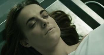 [Critique] The Corpse of Anna Fritz (langue)