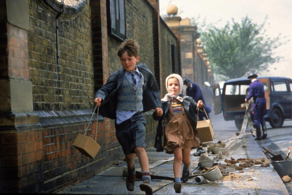 La Guerre à sept ans (1987)