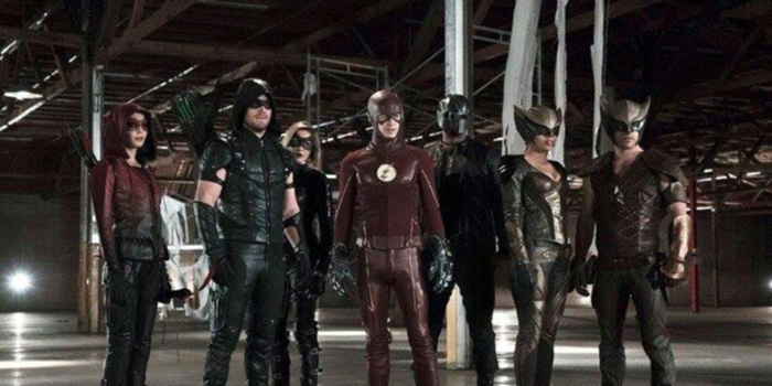 Legends of Tomorrow : un trailer qui voyage dans le temps !