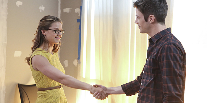 La course entre Supergirl et Flash se dévoile en trailer !