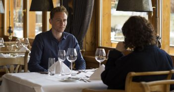 [Critique] The Night Manager S01 E01-02 : espionnage à l'Anglaise