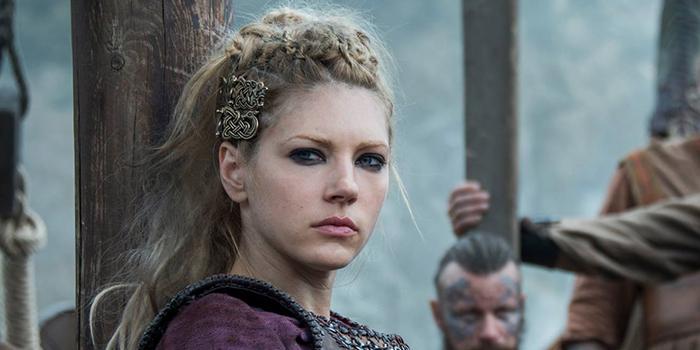Une actrice de Vikings rejoint La Tour Sombre !