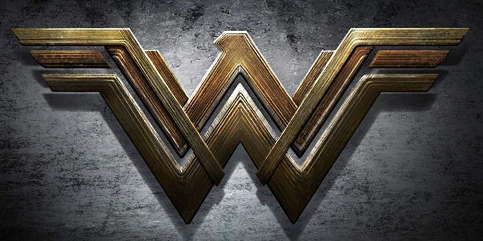 Une photo tease la fin du tournage de Wonder Woman !