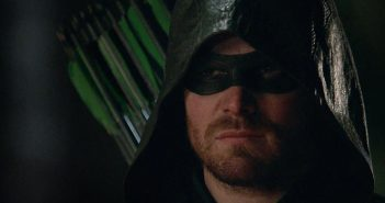 Arrow : le trailer violent de la saison 5 !