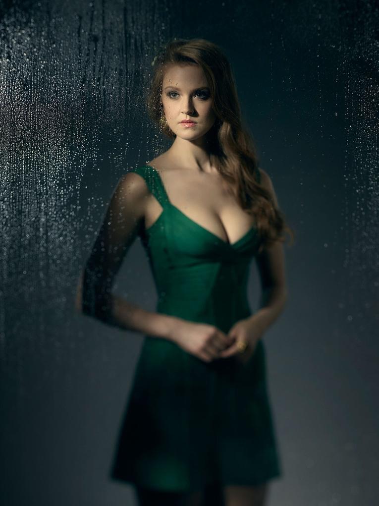La nouvelle Poison Ivy de Gotham se dévoile !