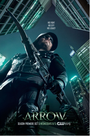 Arrow saison 5 : Oliver Queen surveille Star City dans un poster