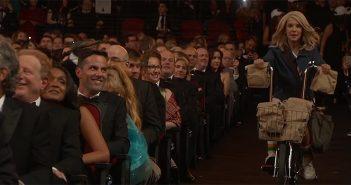 Le casting de Stranger Things a distribué des encas aux Emmys !