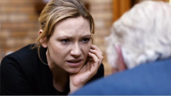 Avant/Après : Anna Torv dans Fringe