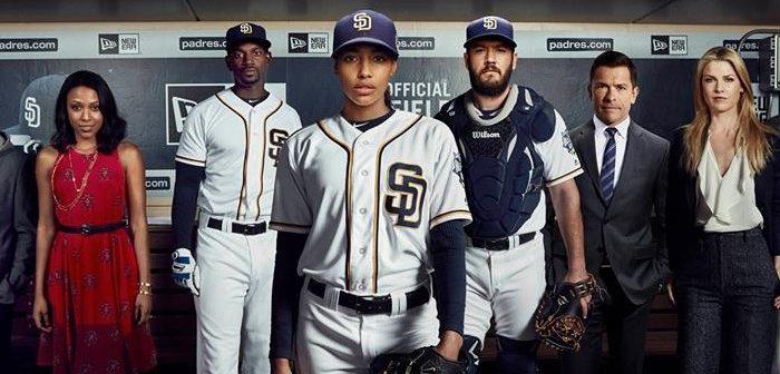 [Critique] Pitch S01 E01 : Qui joue en première base ?