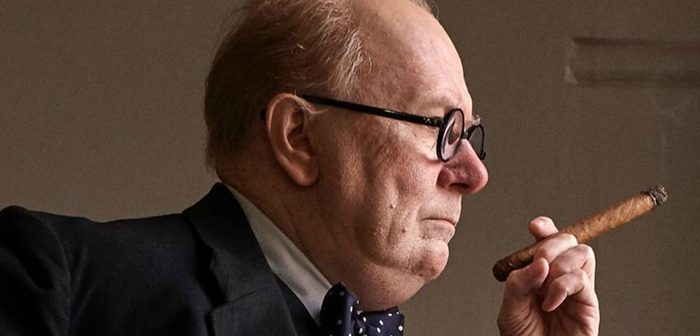 Gary Oldman se métamorphose en Churchill pour Darkest Hour !
