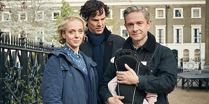 Sherlock saison 4 : aperçu de baby Watson et de Toby Jones
