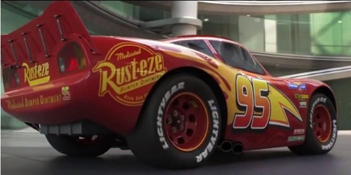 Pixar prend un virage plus adulte dans la bande-annonce de Cars 3