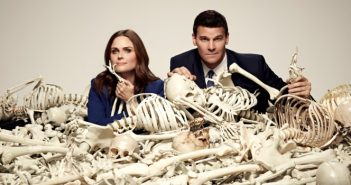 [Critique] Bones S12 E01 : de rouille et d'os…