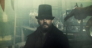 [Critique] Taboo S01 : Tom Hardy joue à Assassin's Creed Syndicate