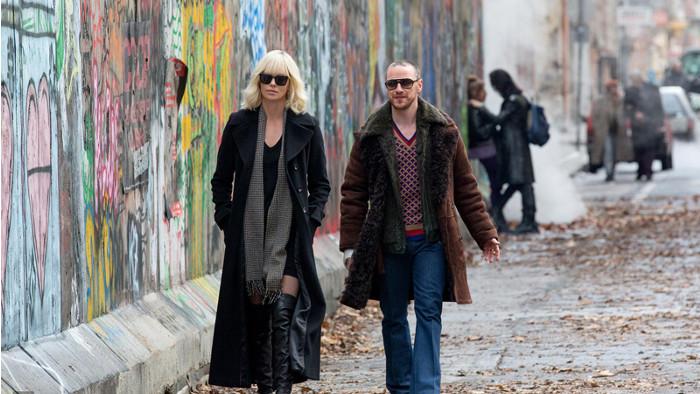 Atomic Blonde : les premières images de Charlize Theron et James McAvoy