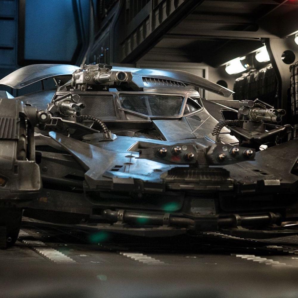 Justice League : premier aperçu de la nouvelle Batmobile !
