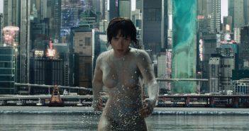 Ghost in the Shell : Scarlett Johansson et l'iconique bataille aquatique !