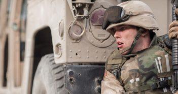 Sand Castle : Henry Cavill et Nicholas Hoult au cœur de la guerre en Irak !
