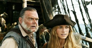 Pirates des Caraïbes 5 : Keira Knightley surgit d'un trailer international !