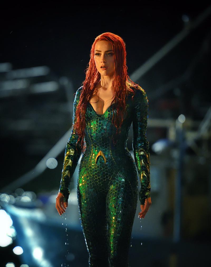 Aquaman : Amber Heard sexy en diable sur deux nouvelles images !