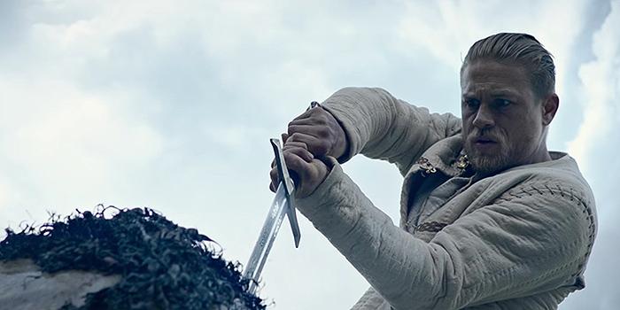 Le Roi Arthur s'annonce comme un bon gros bide au box-office !