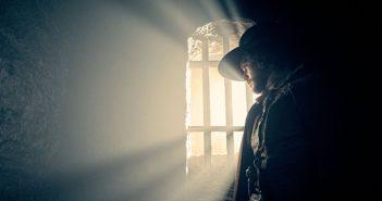 Kit Harrington en révolutionnaire anglais dans le teaser de Gunpowder !