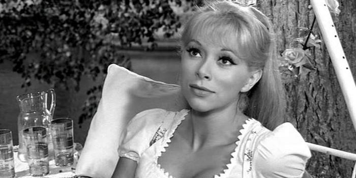 Mort de Mireille Darc, une grande dame du cinéma français