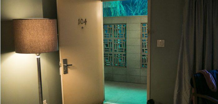 Room 104 : la chambre fait le plein de clients dans une saison 2