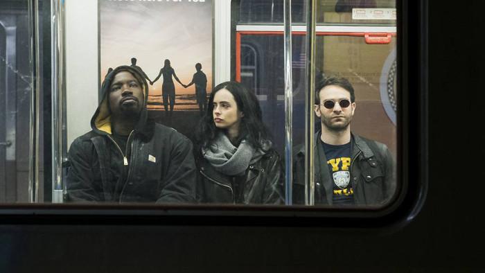 The Defenders fait le plein d'images avec un nouveau poster