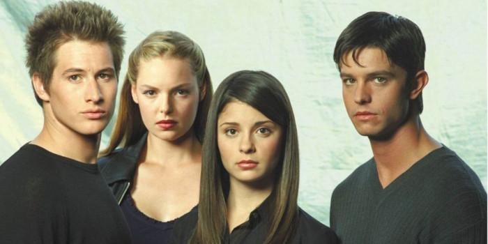 Roswell revient sous forme de reboot après 15 ans d'absence sur the CW