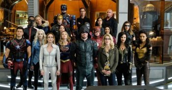 Crisis on Earth-X : le Arrowverse réunit contre ses doubles dans un teaser