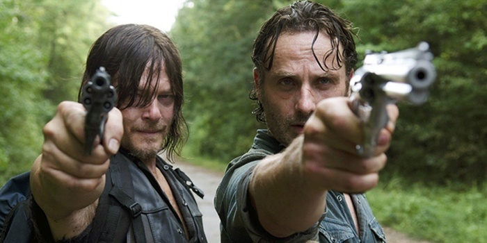 Une pétition pour virer le showrunner — The Walking Dead