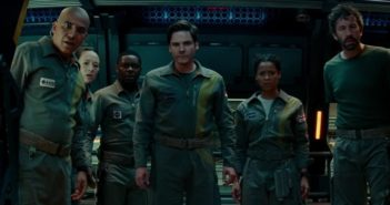 Critique The Cloverfield Paradox